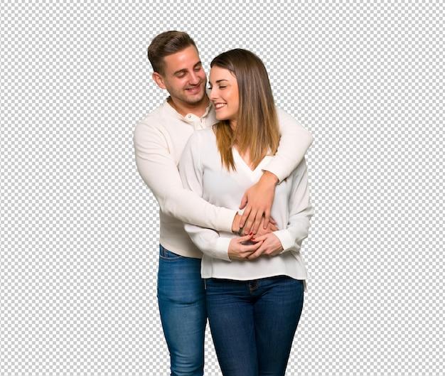 Paar in dag van de valentijnskaart knuffelen