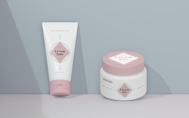Packaging rosa de productos cosméticos