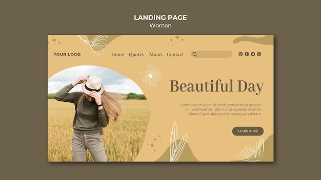 Pagina di destinazione donna all'aperto