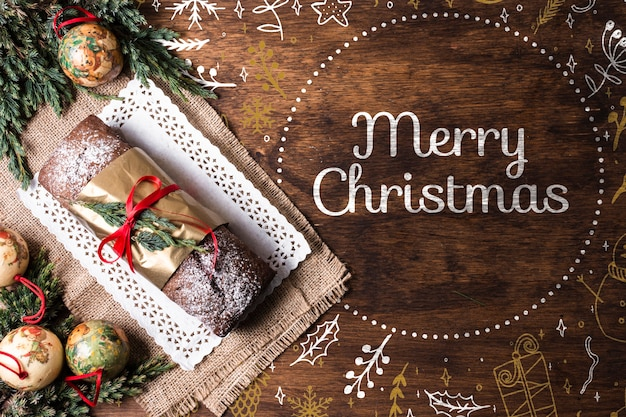 Pan dulce en bandeja preparada para navidad