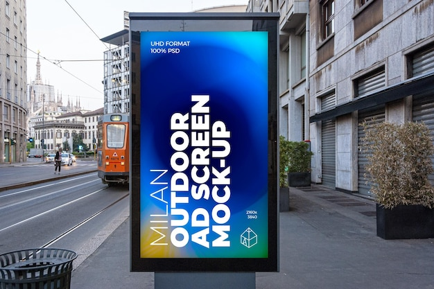Pantalla de publicidad exterior de milán