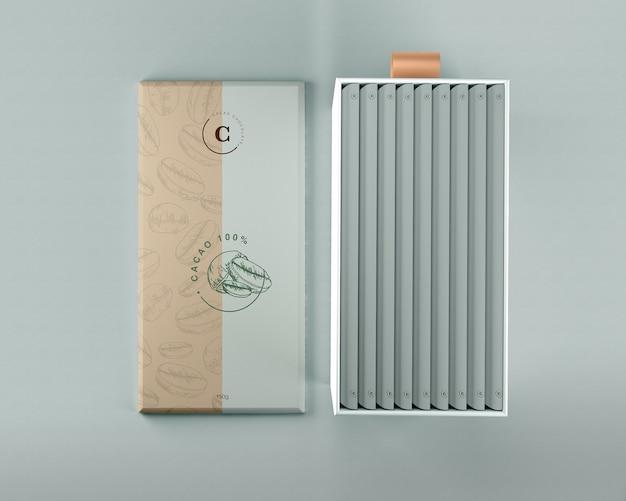 Papel de embalaje de chocolate y maqueta de caja