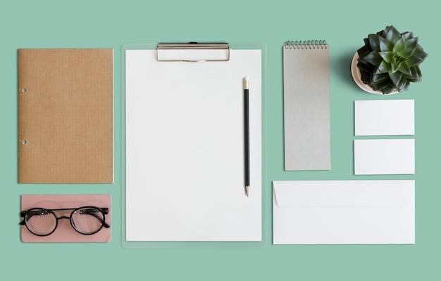 Papelería inmóvil papeleo organización concepto