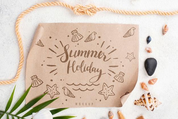 Papier met zomerboodschap