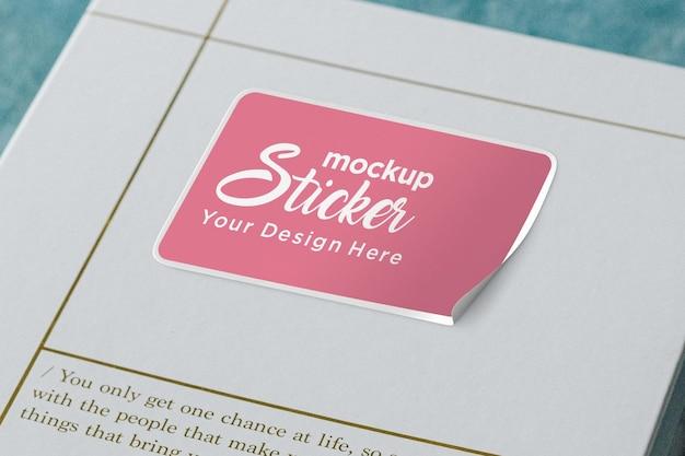 Papieren doos squire sticker mockup ontwerp