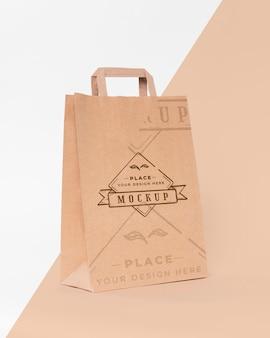 Papieren zak concept met mock-up
