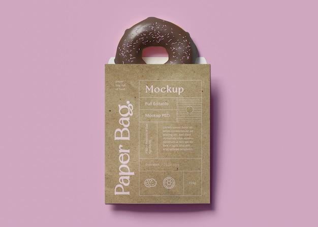 Papieren zak en donutmodel