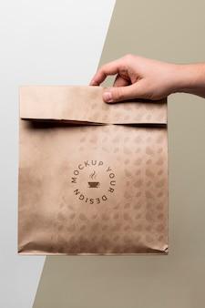 Papieren zak met koffiemodel