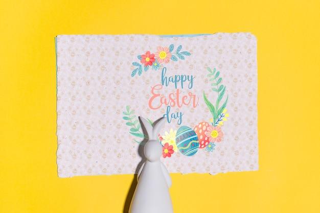 Pasqua mockup piatto posare per biglietto di auguri