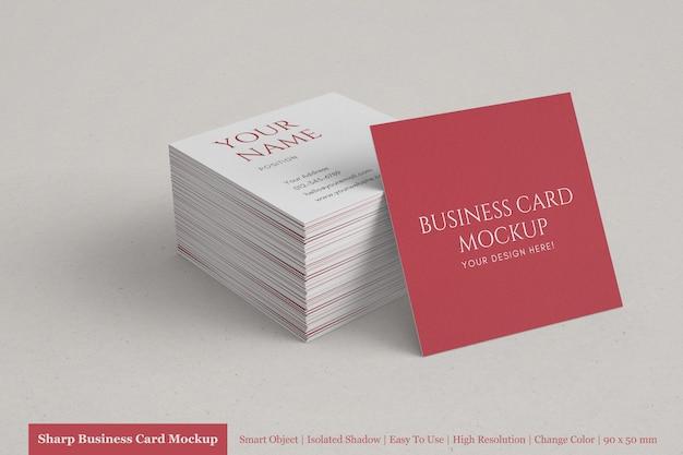 Pila realista de plantillas de maquetas de tarjetas de visita cuadradas corporativas limpias