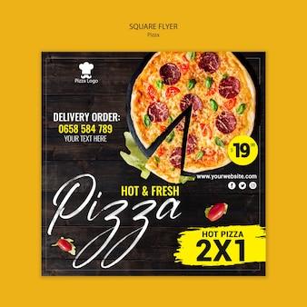 Pizza restaurant vierkante flyer-sjabloon
