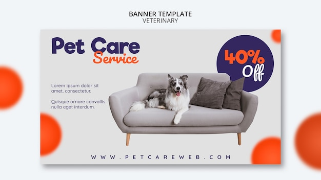 Plantilla de banner para el cuidado de mascotas con perro sentado en el sofá