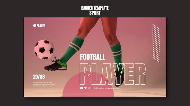 Plantilla de banner deportivo con foto de mujer jugando al fútbol