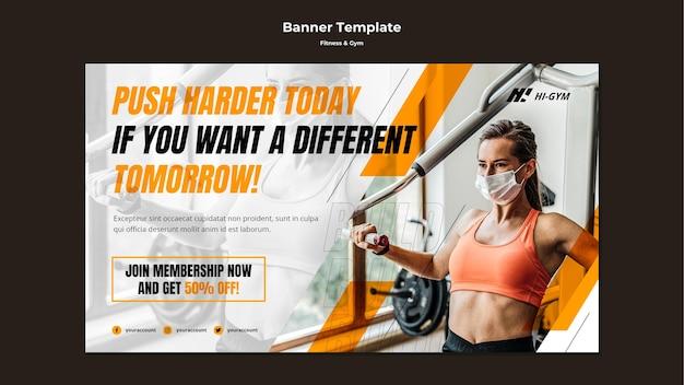 Plantilla de banner horizontal para hacer ejercicio en el gimnasio durante la pandemia