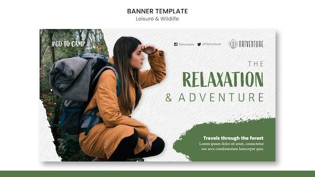Plantilla de banner horizontal para relajación y aventura.