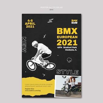 Plantilla de cartel para bmx en bicicleta con hombre y bicicleta.