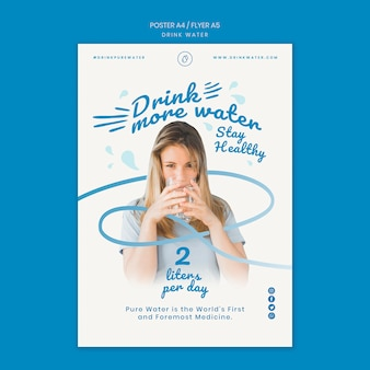 Plantilla de cartel de concepto de agua de bebida