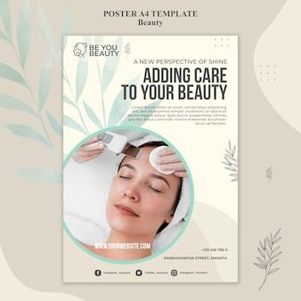 Plantilla de cartel vertical para el cuidado de la piel y la belleza con mujer