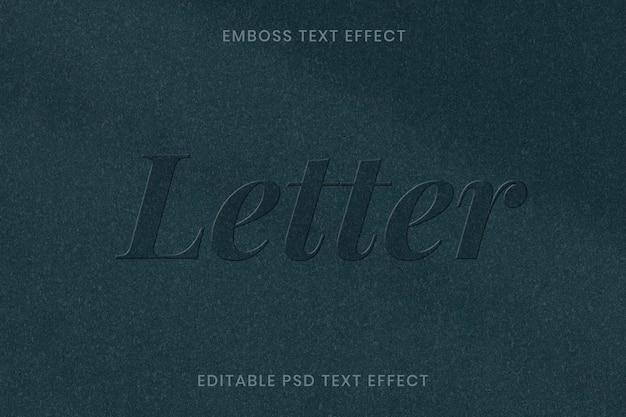 Plantilla editable psd de efecto de texto en relieve sobre fondo de textura de papel verde