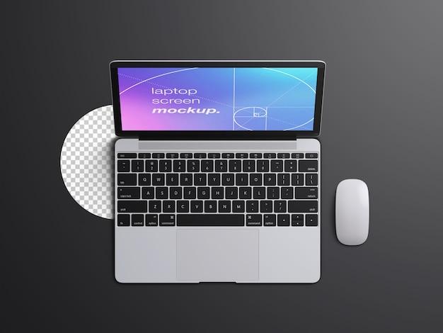 Plantilla de maqueta de pantalla de computadora portátil macbook de vista superior realista con mouse