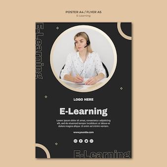 Plantilla de póster de aprendizaje en línea con foto
