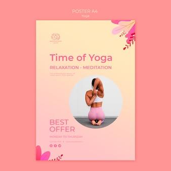 Plantilla de póster de clases de yoga con foto