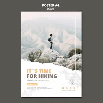 Plantilla de póster de concepto de senderismo