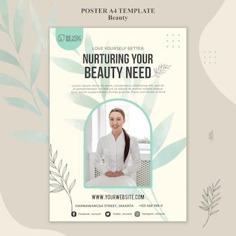 Plantilla de póster para el cuidado de la piel y la belleza con mujer.