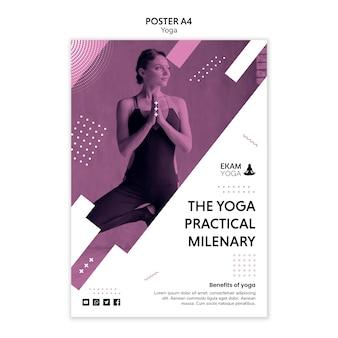 Plantilla de póster con diseño de yoga