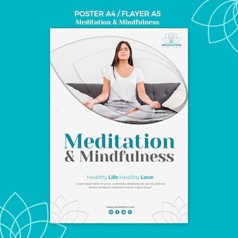 Plantilla de póster de meditación