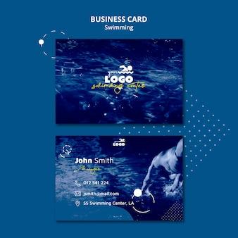 Plantilla de tarjeta de visita de clases de natación con foto