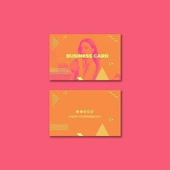 Plantilla de tarjeta de visita en estilo memphis para verano
