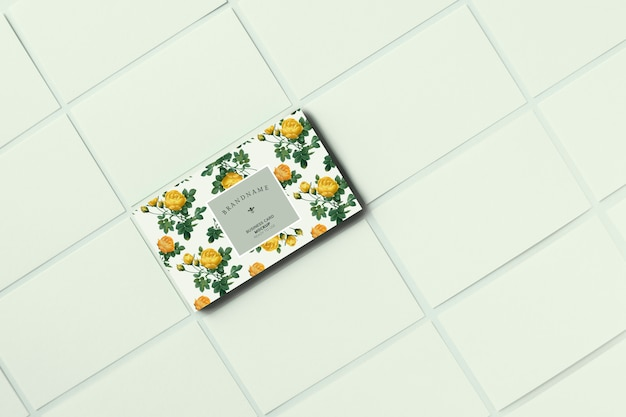 Plantilla de tarjeta de visita floral maqueta