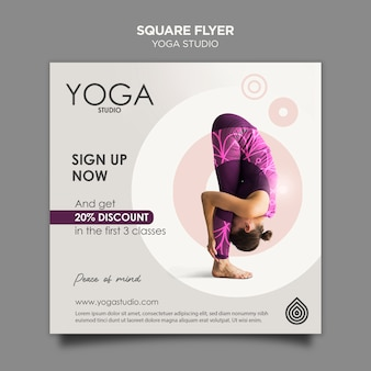 Plantilla de volante cuadrado de estudio de yoga