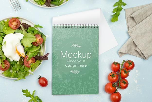 Plat lag mock-up met gezonde voeding