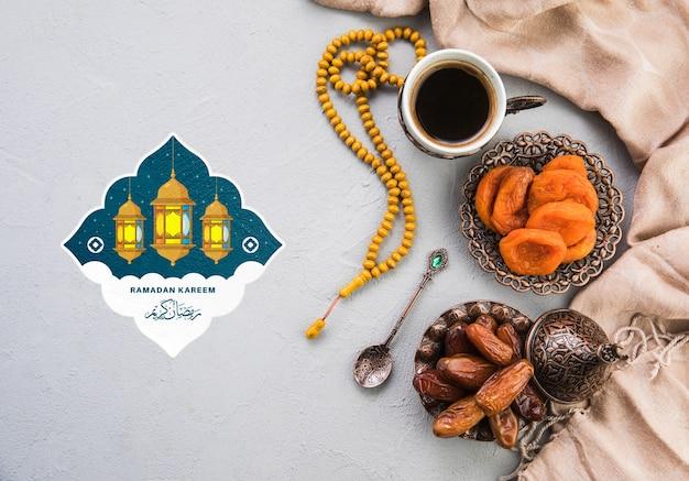Plat lag ramadan samenstelling met copyspace Gratis Psd