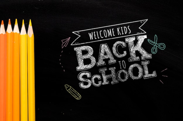 Plat lag terug naar school bericht op schoolbord mock-up