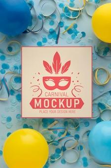 Plat lag vierkante mock-up met confetti en ballonnen