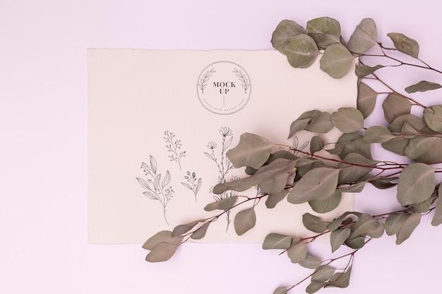 Plat leggen van bladeren concept mock-up