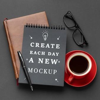 Plat leggen van bureau concept mock-up