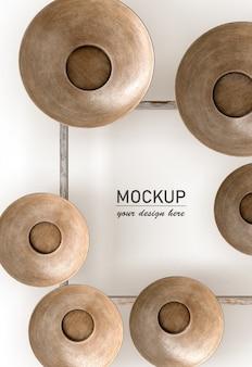 Plat leggen van houten strikken decoraties op frame mock-up