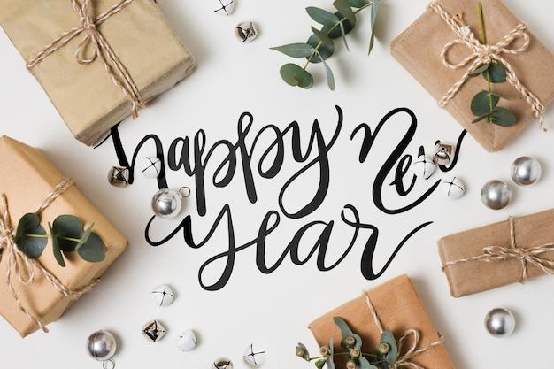 Plat leggen van nieuwjaar en geschenken