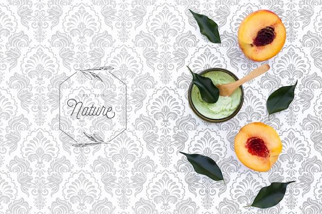 Plat leggen van roomboterroom en nectarines
