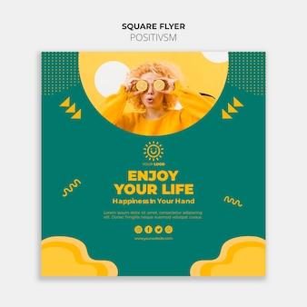 Positivisme sjabloon voor flyer concept