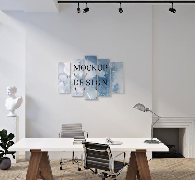 Poster mockup in moderne, eigentijdse kantoorruimte