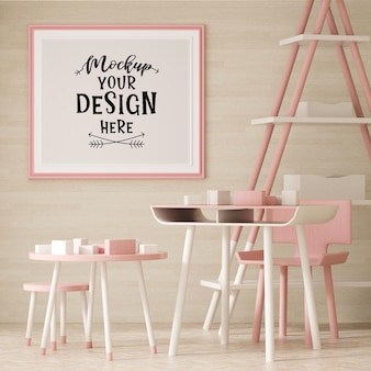 Posterframe in woonkamer psd mockup