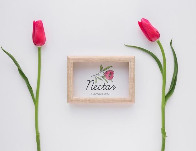 Prachtige lente bloemen concept mock-up