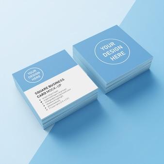Premium twee gestapelde vierkante fotorealistische visitekaartje mockup ontwerpsjabloon in bovenaanzicht