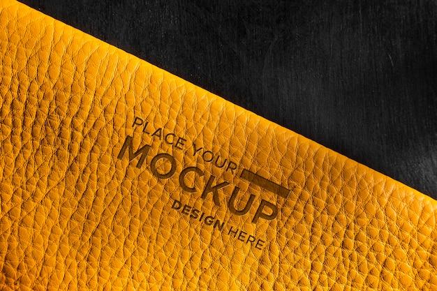 Primer plano de la maqueta de cuero amarillo
