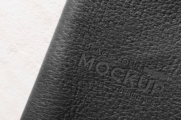 Primer plano de la maqueta de cuero negro